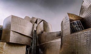 BILBAO - ESPAÑA - MUJER Y VIAJERA - VIAJAR SOLA - VIAJES PARA MUJERES