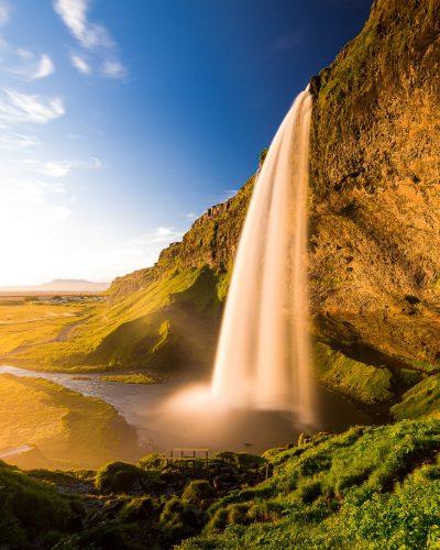 ISLANDIA - MUJER Y VIAJERA - VIAJAR SOLA