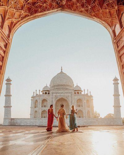 INDIA - MUJER Y VIAJERA - VIAJAR SOLA