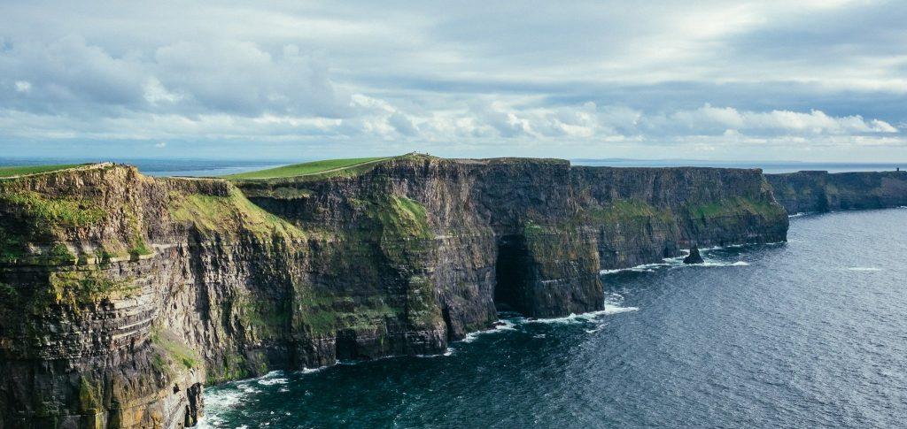 IRLANDA EN LUJO - MUJER Y VIAJERA - VIAJES DE LUJO PARA MUJERES